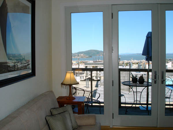 San Francisco Apartment   Alcatraz from Living Room. San Francisco   Great location and you can walk to Northbeach